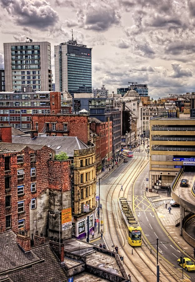 #Manchester city center - Things to do in Manchester aside for joining the Social Media: The Essential Toolkit training course that takes place on December 8th bit.ly/1xQnxTs #thingstodo #Manchester