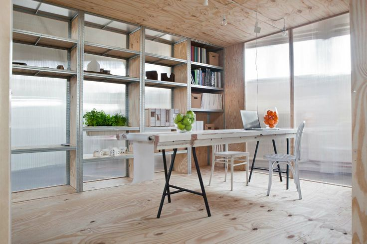 A flexible and easy to build office space for the reoccupation of vacant buildings. By Atelier to the Bone.  http://www.spaceshuffler.com/wp-content/uploads/2014/02/MG_5065Definitief.jpg