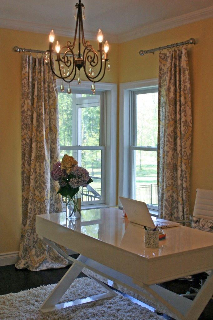 via designing acres: Farmhouse Glam, Chic Offices, Paintings Colors, Curtains Ideas, Yellow Offices Decor, Offices Colors, Awesome Offices, Offices Curtains, Corner Window