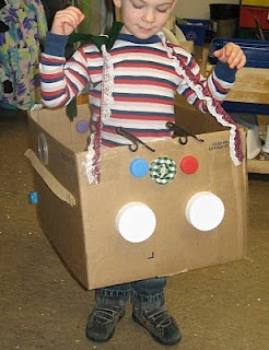 Dramatic play ideas - build your own car; hair salon; pumpkin patch; bugs in the garden