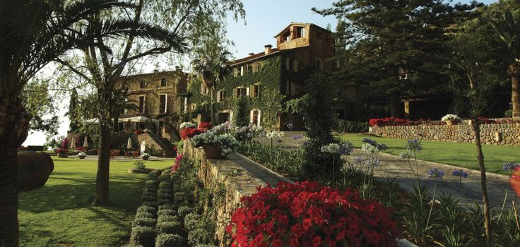 Where:  Belmond La Residencia in Deia Mallorca What:    A luxury hotel housed in a 36-room manor among the citrus groves of charming artist town, Deia Who:     Elizabeth & Davi...