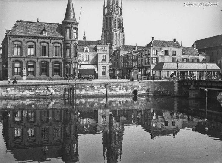 Vismarktstraat. links het postkantoor en rechts de Vismarkthal. Op de achtergrond de toren van de Grote Kerk. 1908