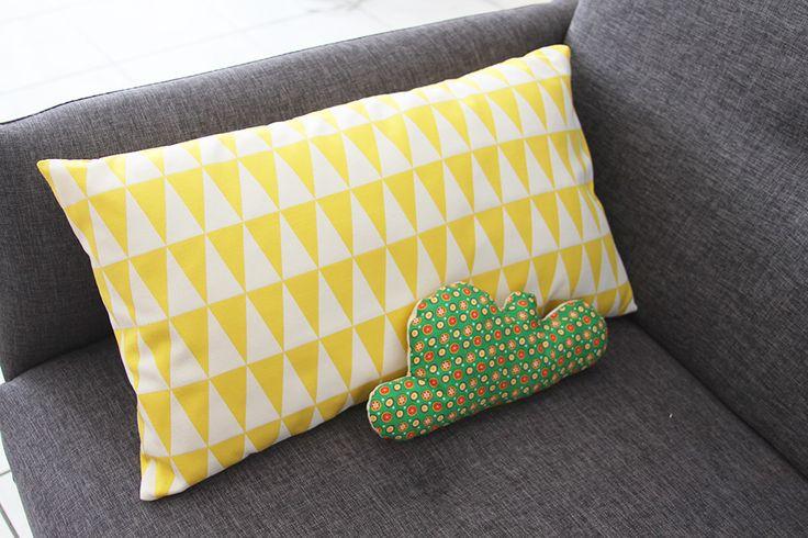 les 99 meilleures images du tableau housses et coussins graphiques scpl sur pinterest. Black Bedroom Furniture Sets. Home Design Ideas