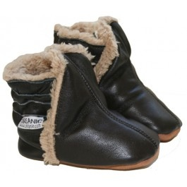Skeanie Ugg in chocolate  http://www.babybootique.com.au/skeanie-ugg-in-chocolate.html