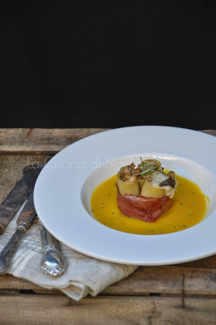 La Cucina di Stagione: Paccheri ripieni di porcini e provolone su crema d...