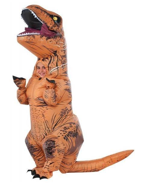 Disfraz niño T-Rex. Jurassic World  Aterrorizarás a todos en tu ciudad con este disfraz de T-Rex hinchable de la película Jurassic World para niño.