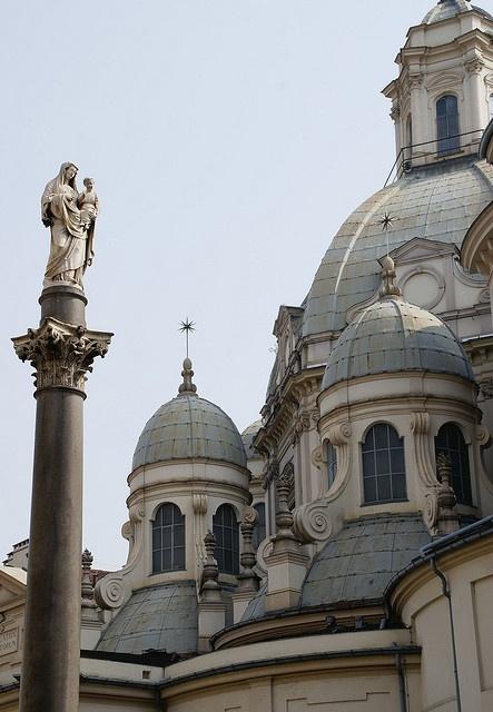 Torino: Torino, Piazza della Consolata, Santuario di Maria Consolatrice >> Sfoglia le Offerte!