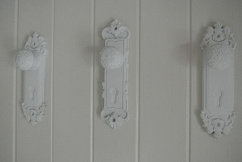 Door Knob Hangers/Hooks - Divine Shabby Chic These stunning Door knobs are moulded in ceramic   Ideal Door hooks for hanging robs in the bedroom or towels in the bedroom