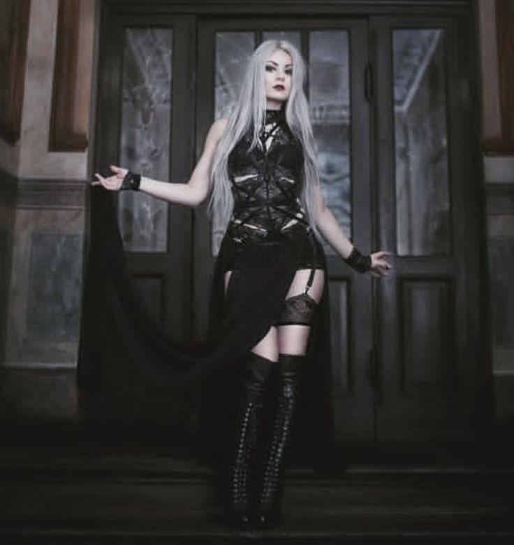 Gothic model Silverr
