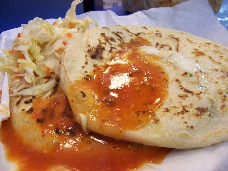 pupusas salvadorenas | Pupusa de chicharrom, hecha con el mejor ...