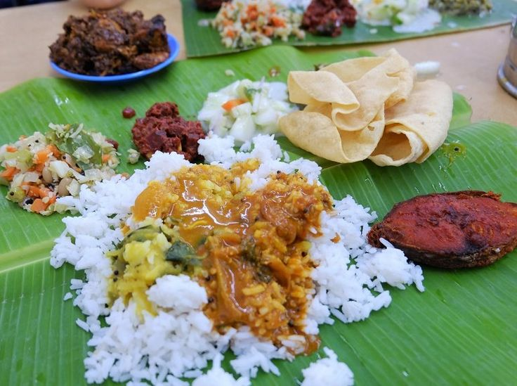 Banana Leaf @ Sri Vinayaga @ 17-G Jalan Wawasan 4/3, Ampang, one street away from the Spectrum Mall, and around the corner from the Spectrum Mall is the FOONG FOONG Ampang Tofu - courtesy of HungryGoWhere