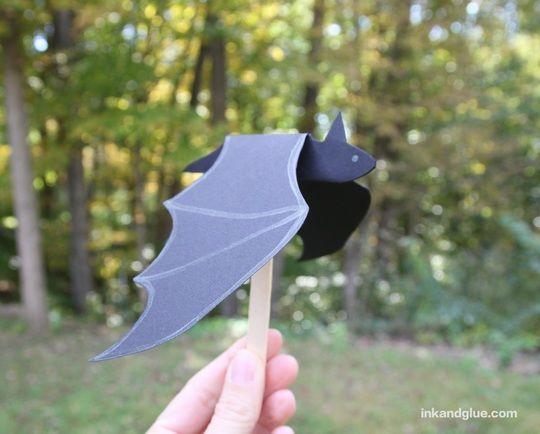 flappy bat kids craft for Halloween
