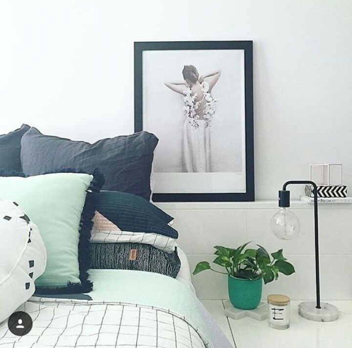 charcoal and mint