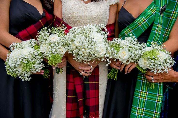 The Queensferry Flower Company. Scottish wedding at Dundas Castle. Bridal party Gypsophila, Rose and Ammi bouquets. Photo by www.mcbethphotography.com
