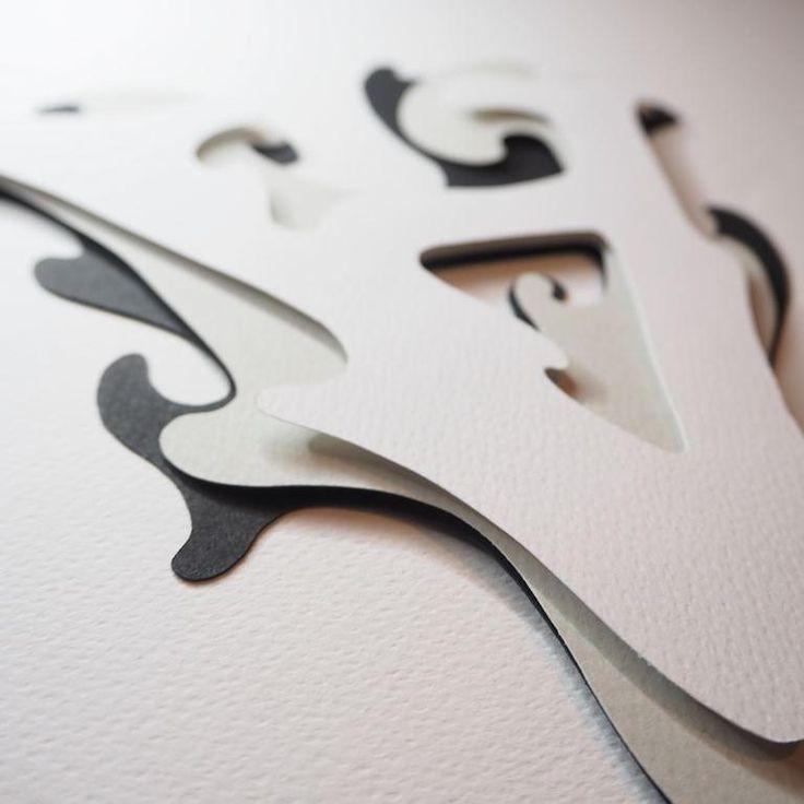 Mamy fioła na punkcie liter, a Po Prostu A jest tego doskonałym dowodem! Pierwsza przestrzenna i w 100% ręcznie wykonana przez Miss M litera genialnie uzupełni domową ścienną galerię i odnajdzie się wśród ramek i ram, choć sama też chętnie upiększy pusta powierzchnię 😉