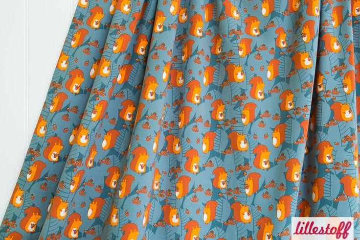 Lillestoff » Squirrel At Work « // hier erhältlich: http://www.lillestoff.com/squirrelatwork-2897.html