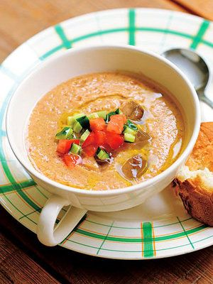 残り野菜で完成する、クイック10秒スープ 『ELLE a table』はおしゃれで簡単なレシピが満載!