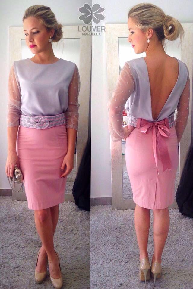 Buenas chic@s!! La combinación rosa&plata nos enamora, por ello os proponemos nuestra blusa Beatriz con mangas de plumeti y falda Fabiola, completamos el look con cinturón de cordón de seda en las mismas tonalidades!! Disponible en nuestro showroom!!  #louvermarbella#faldafabiola#blusabeatriz#look#mode#moda#putfit#rosayplata#rosa#plata#gris#malaga#showroom#nice#cute#elegant#invitadaperfecta#back#pretty