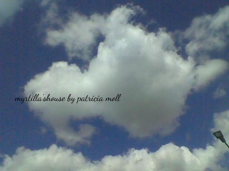http://hermioneat.blogspot.it/2015/12/nuvole-prima-parte.html