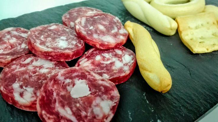 No te olvides de añadir hoy a tú menú longaniza!!! Feliz jueves lardero....longaniza en el puchero #RestauranteAntonioZgz #restaurante #Pilar #Zaragoza #menús #gastronomía #longaniza #jueveslardero