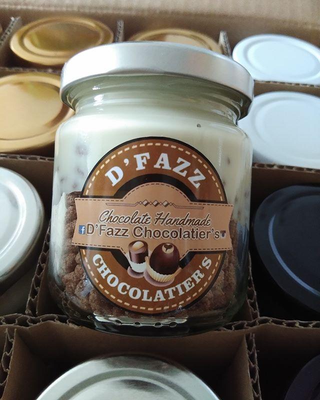 Bagi Yang Nak Kelainan Rasa Boleh Dapatkan Chocojar White Chocolate Terdapat 4 Pilihan Perisa Milk Chocolate Dark Chocolat Mason Jars Chocolatier Chocolate