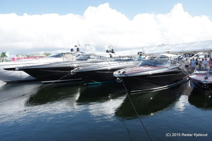 Fort Lauderdale International Boat Show: Amerikanske muskelbunter på rekke og rad - Båtmagasinet.no
