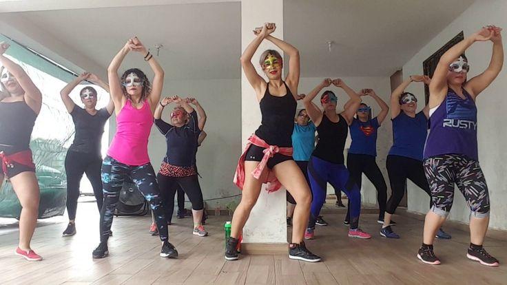 Dancing Queen -ABBA - YouTube