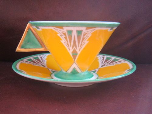 Shelley Art Deco Vogue Mode Shape Cup & Saucer