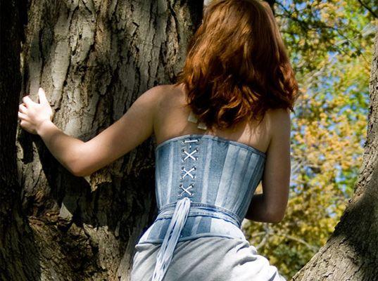 Contests, denim challenge, denim recycling, denim upcycling, eco-fashion, eco-friendly denim, eco-friendly jeans, Ecouterre contest, Gap, Ga...