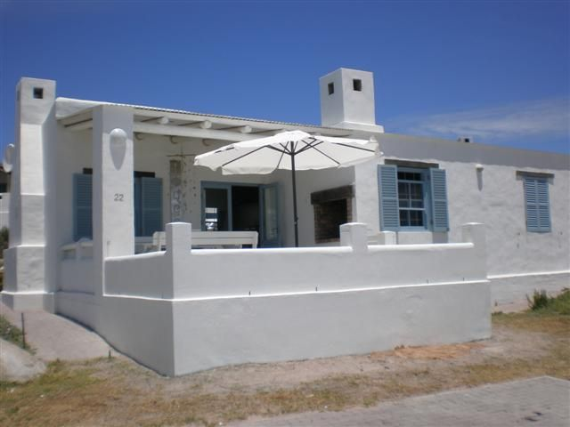 Tides - This luxuriously decorated beach house is located in the charming seaside village of Paternoster on the West Coast. The house is fully equipped for self-catering and comprises three bedrooms, two bathrooms ... #weekendgetaways #paternoster #southafrica