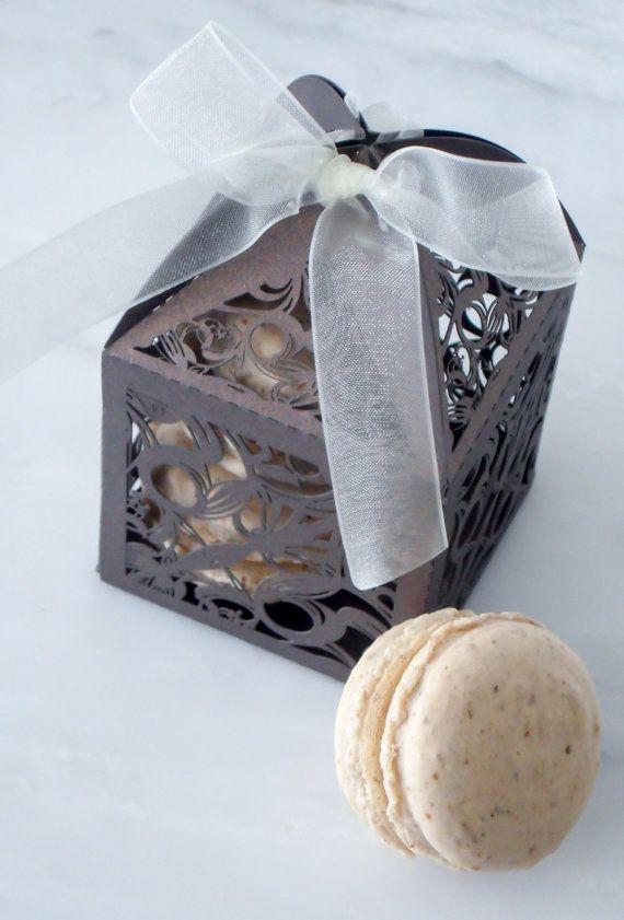 Wedding Favors French Macaron Favor Fall Box And 2 Macaroon