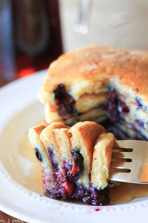 Old-Fashioned Sour Cream Blueberry Pancakes