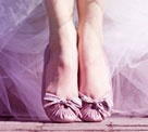 """Boutique """"Oui"""" par Sarenza : ballerines Maloles pour mariée toute mili http://www.sarenza.com/chaussure-mariage-femme"""