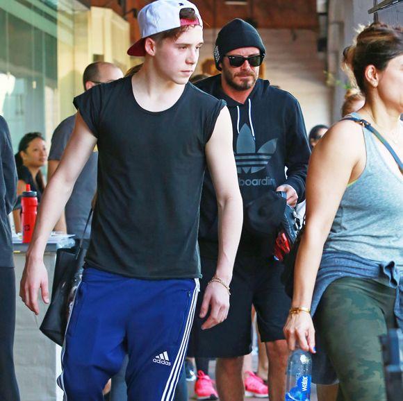 Brooklyn Beckham travaille dans un café français de Londres | HollywoodPQ.com
