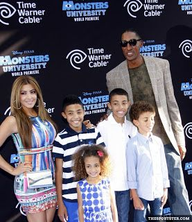 How Many Kids Does Scottie Pippen Have?  Scottie Pippen's children have been on many people's minds after finding out he filed for divorce from Larsa. So how many kids does Scottie Pippen have? The former Chicago Bulls' star has seven children. He has four kids with Larsa and the other three are from previous relationships. His oldest son Antron was born in November 1987 and is currently 28-years-old.  The former NBA player's other two kids from previous relationships include his daughter…