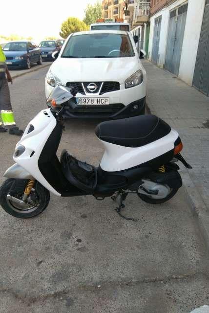 MIL ANUNCIOS.COM - piaggio Zip agua. Venta de scooters piaggio zip agua de segunda mano. Motos scooter piaggio zip agua a los mejores precios.