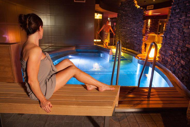 În cazul în care nu ai motive destule pentru a merge într-un weekend la SPA, te ajutăm noi cu câteva! #spa #construcțiispa http://www.piscinacasei.ro/10-motive-pentru-merge-la-spa/