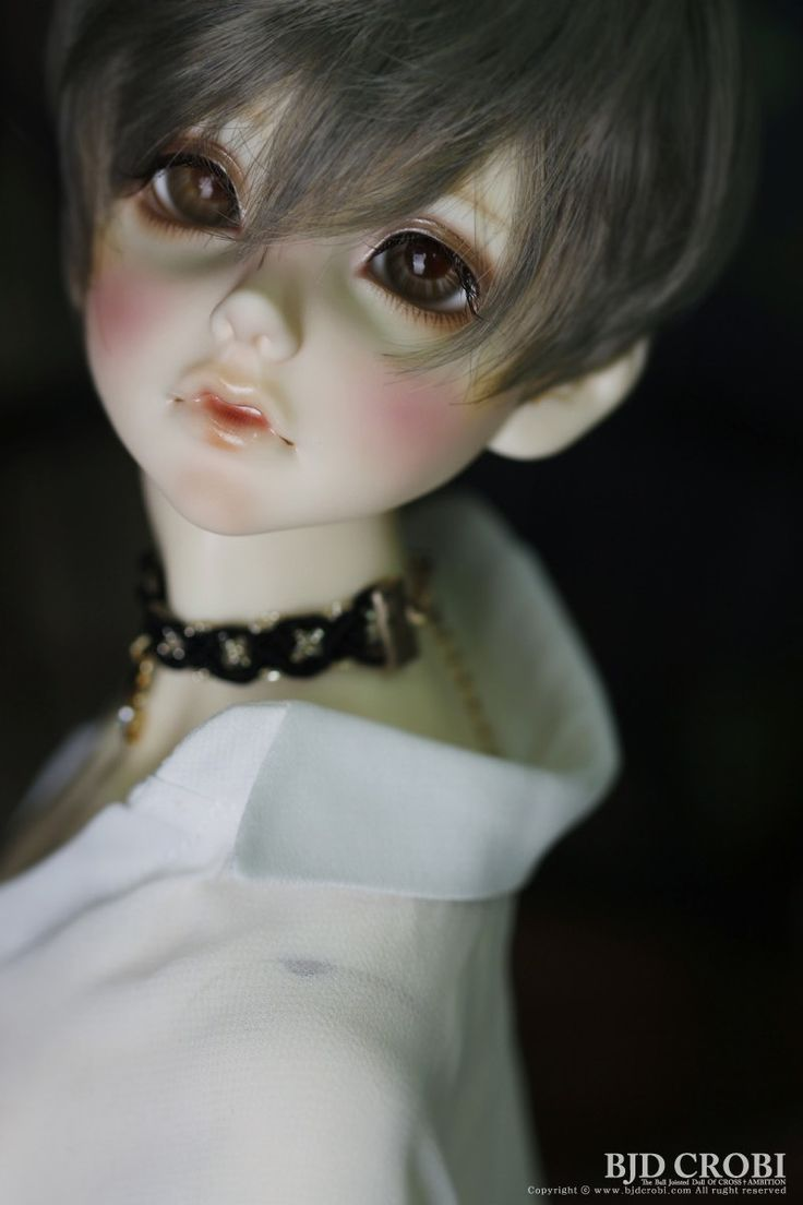 Mio of Crobi Doll at Dolk Station