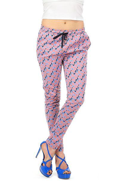 Le's - Pantaloni - Abbigliamento - Pantaloni in viscosa con stampa floreale, elastico in vita e coulisse regolabile. tasche laterali ed a filetto sul retro.La nostra modella indossa la taglia /EU 38. - 14 - € 118.00