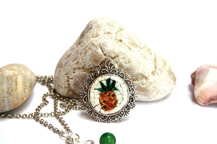 Collane con pendenti - Ananas / collana con pendente / micromosaico - un prodotto unico di muse-withlove su DaWanda
