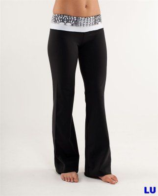 Lululemon Outlet Astro Pant Magpie for Black & White : Lululemon Outlet Online, Lululemon outlet store online,100% quality guarantee,yoga cloting on sale,Lululemon Outlet sale with 70% discount!  $45.99