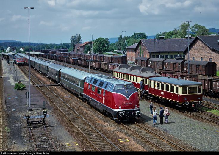 RailPictures.Net Photo: V 200 002 Deutsche Bundesbahn V 200 at Neuenmarkt Wirsberg, Germany by J Neu, Berlin