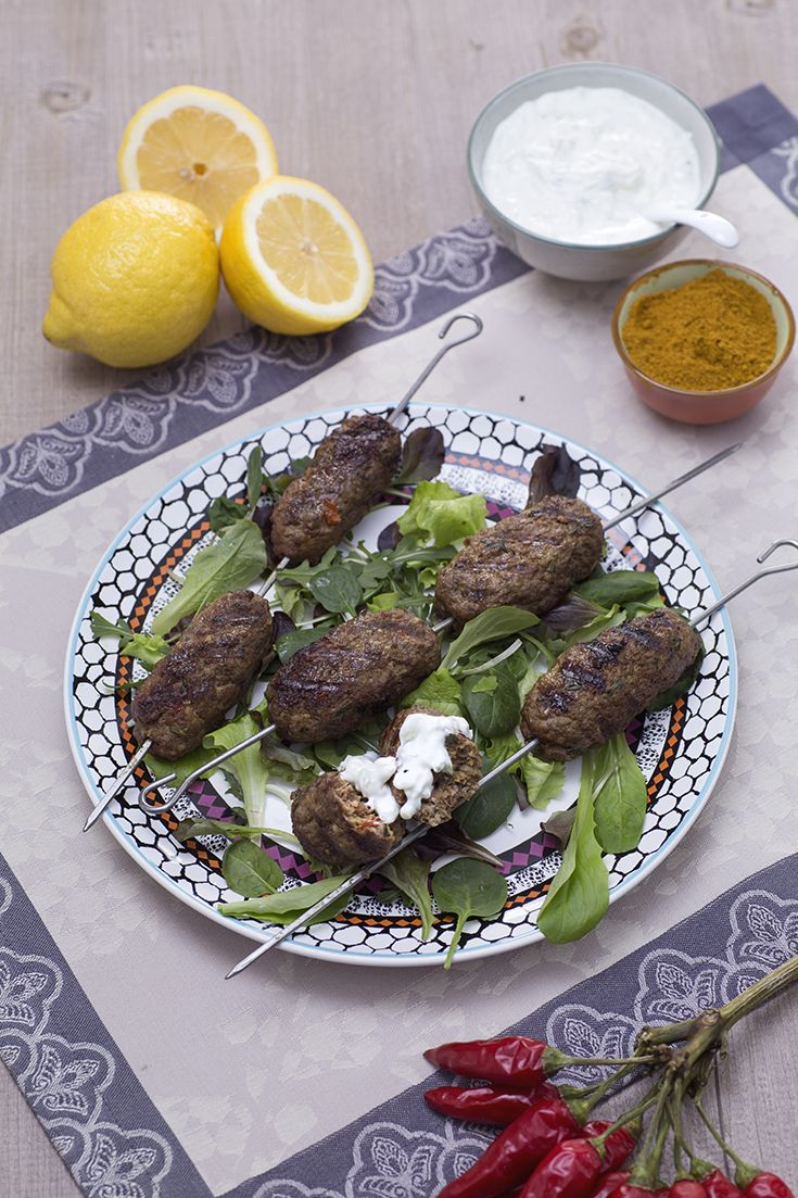 Deliziose e da assaggiare almeno una volta nella vita: sono le #Kofta, #polpette #mediorientali (Middle Eastern meatballs)! #ricetta #GialloZafferano #medioorientalrecipe #ExpoMilano2015