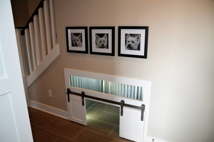 so cute!! dog house under the stairs. hendrix could have his own little room :)