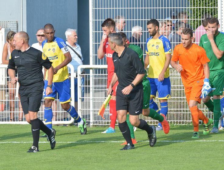 📸 Premières photos du match remporté ce vendredi 🆚 une sélection du nord Franche-Comté. #FCSMNFC  ► http://www.fcsochaux.fr/fr/index.php/article/10017 …