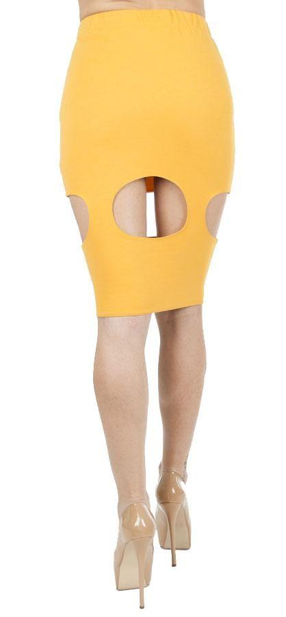 Fuste Dama Circle  Fusta dama cu taieturi deosebit de sexy. Design modern extrem de senzual.  Lungime medie, talie inalta.  Lungime: 57cm  Compozitie: 100%Poliester