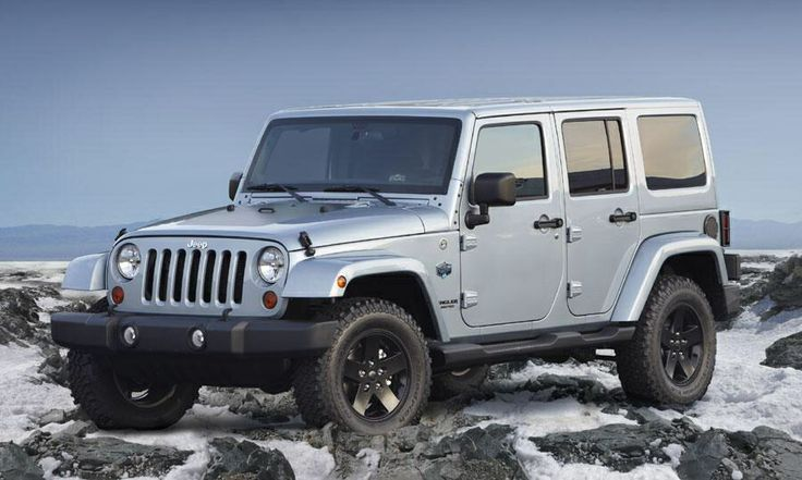 Silver four door hardtop 2014 jeep wrangler rubicon