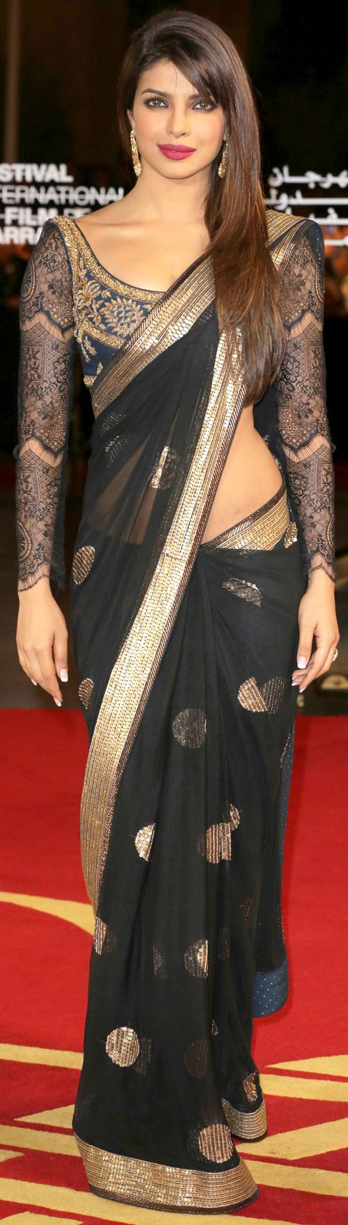 Top 34 Bollywood Actresses Who Look Beautiful In Saree