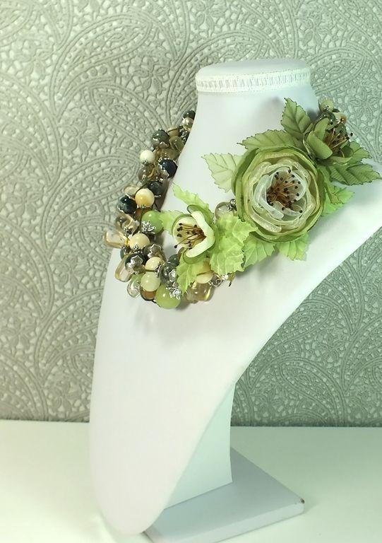Купить Вальс Оливковой Рощи. Колье, брошь с цветами из ткани - оливковый, светло-зеленый, зелёный
