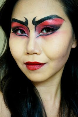 Halloween Makeup Tutorial: Flaming Hot She-Devil